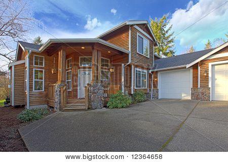 Cedar Home Exterior Front Shot