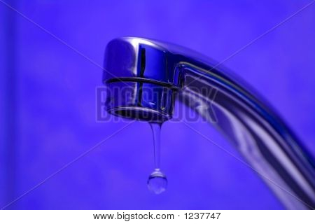 A Tap With Waterdrop
