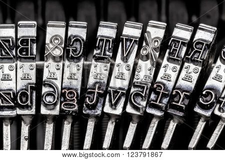 types of an old typewriter