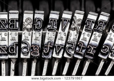 types of an old typewriter