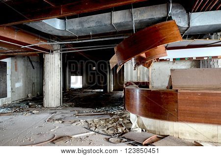 Picture of a destruction of an abandoned comercial building