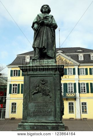 BONN, GERMANY - MARCH 12, 2016: Memorial bronze statue of Ludwig van Beethoven, composer born in Bonn, on Münsterplatz in front of the central post office. By Ernst Julius Hähnel 1845.
