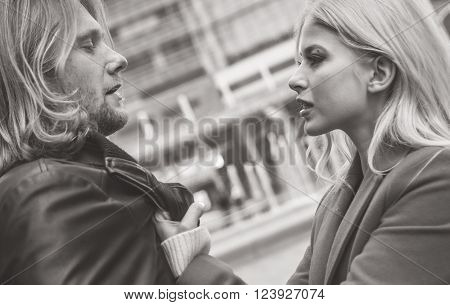 Couple fighting in an urban area of the city. Concept about relationship problems