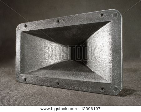 bass loudspeaker