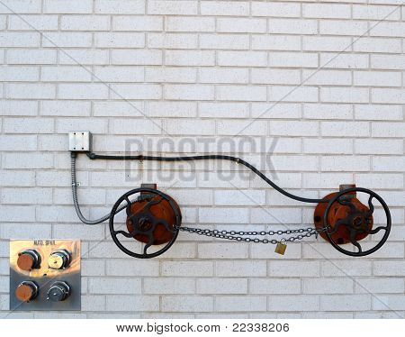 Fire Hydrant makes vehicle image