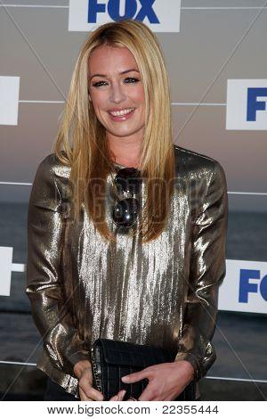 LOS ANGELES - 5 de AUG: Kat Deeley llegando a la fiesta de FOX TCA verano 2011 en Gladstones el 5 de agosto