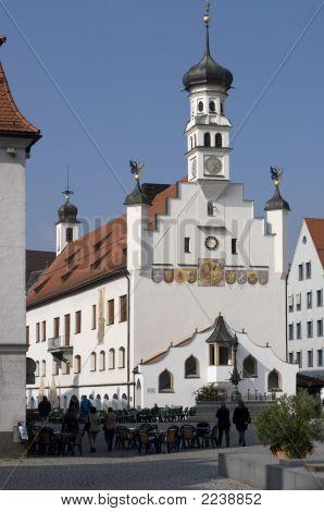 Kempten-Rathaus und Cafe