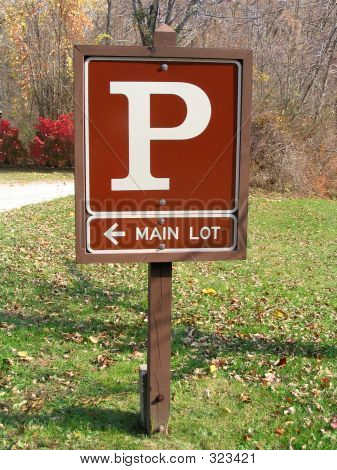 Parking Sign Main Lot