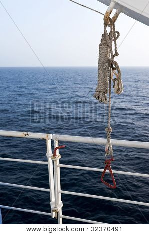 Rigging And Latch