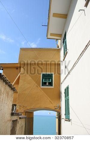 Corniglia House