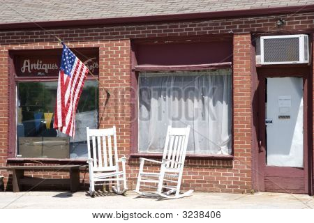 Old American Antique Shop