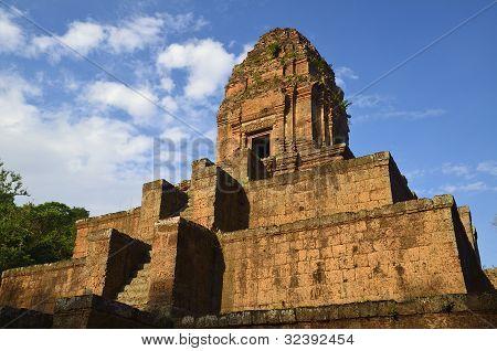 Phnom Bakheng Hindu Temple At Angkor Cambodia