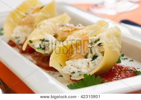 Shrimp Pasta Shells