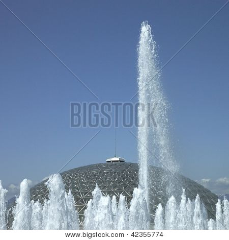 Tall water fountains