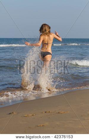 Sexy Bloind In Bikini On The Beach