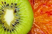slices of kiwi and orange