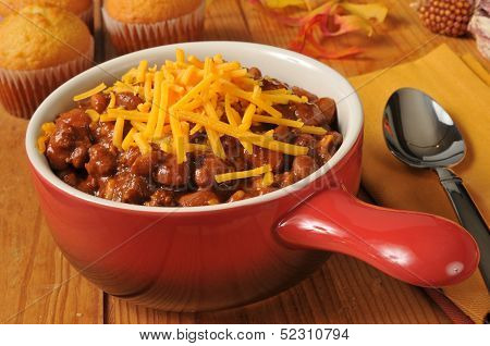 Chili Con Carne With Cornbread Muffins