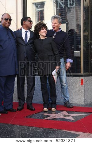 LOS ANGELES - OCT 10: Stevie Wonder, Kenny Edmonds, Carole Bayer Sager, David Foster at the Kenny  Edmonds Hollywood Walk of Fame Ceremony at Hollywood Boulevard on October 10, 2013 in Los Angeles, CA