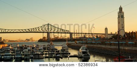 View of Jacques Cartier bridge in Montreal, Quebec by a nice autumn morning