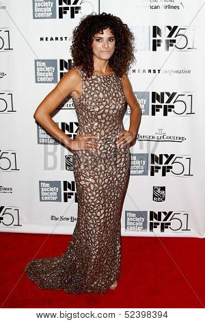 NEW YORK- OCT 8: Actress Ashley Dyke attends the