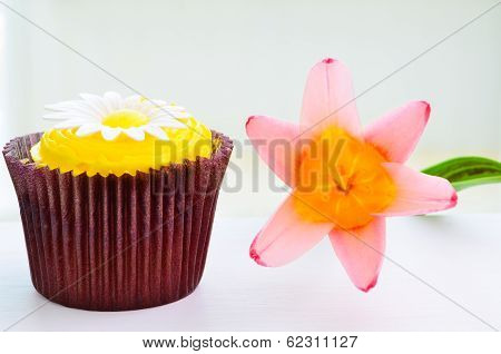 Cupcake And Flower