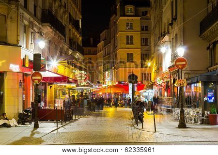 Streets Of Paris At Night