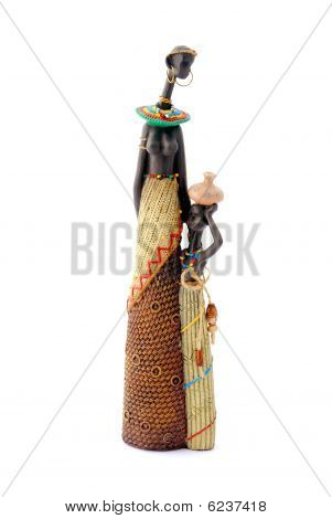 African mother and child statue