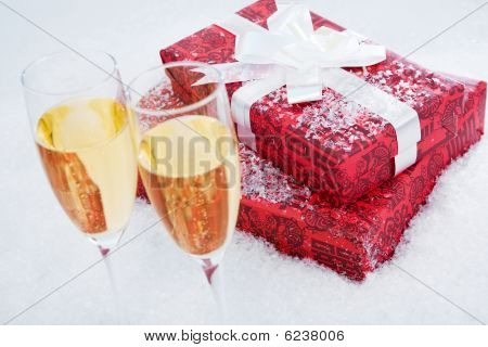 Present And Champagne