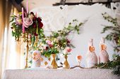 pic of wedding feast  - Floral arrangement to decorate the wedding feast the bride and groom - JPG