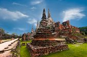 picture of buddhist  - Asian religious architecture - JPG