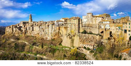 amazing Italy series - panorama of Pitigliano, Tuscany