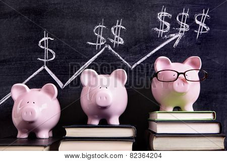 Piggy Banks With Savings Chart