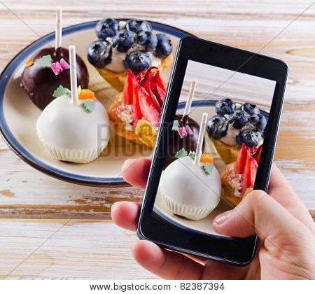 Smartphone Shot Food Photo - Dessert With  Berries