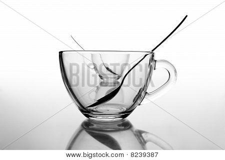 2 Tea Cups