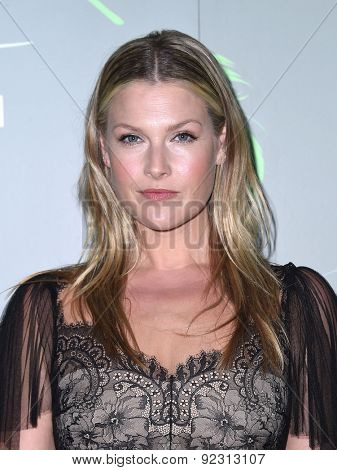 LOS ANGELES - MAY 09:  Ali Larter arrives to the Aviva Family and Children's Services celebrates its 100th Anniversary with The