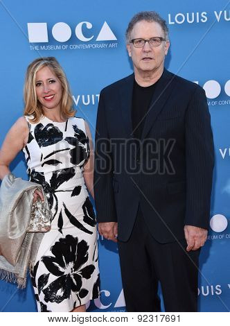 LOS ANGELES - MAY 30:  Albert Brooks & Kimberly Shlain arrives to the MOCA Annual Gala 2015  on May 30, 2015 in Hollywood, CA