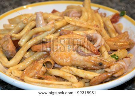 Macaroni Shrimps And Saffron