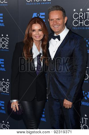 LOS ANGELES - MAY 31:  Roma Downey & Mark Burnett arrives to the Critic's Choice Television Awards 2015  on May 31, 2015 in Hollywood, CA