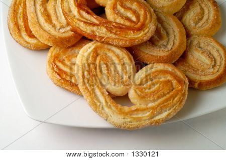 Heart Shaped Puff Pastry In A Dish (3)