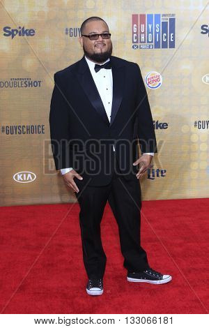 LOS ANGELES - JUN 4:  Manny Rodriguez at the 10th Annual Guys Choice Awards at the Sony Pictures Studios on June 4, 2016 in Culver City, CA