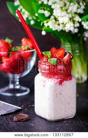 Healthy Overnight Oats With Strawberry In Jars