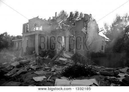 gebrochen Haus in Katastrophe Szene