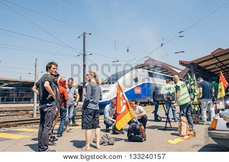 Sncf French Rail Operator Strike - Protester Making Barbeque