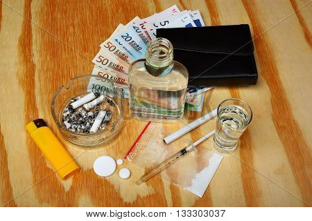 Things Bandit Criminal Drug, Boosters Dealer Euro Money On The Table