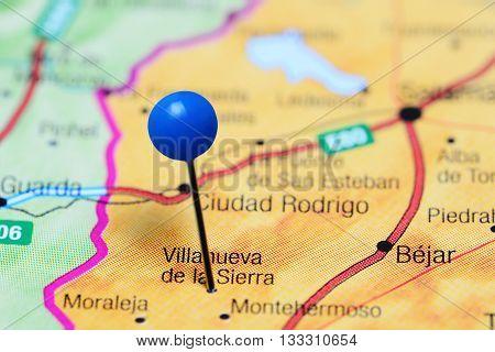 Villanueva de la Sierra pinned on a map of Spain