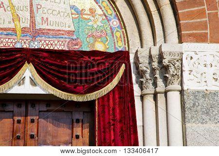 Church Door   In Italy Red Velvet Tent    Closed Brick