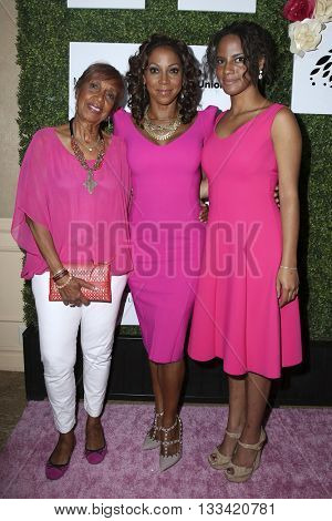 LOS ANGELES - JUN 4:  Dolores Robinson, Holly Robinson Peete, daughter at the Girl Flu Premiere at the Arclight Theater on June 4, 2016 in Culver City, CA