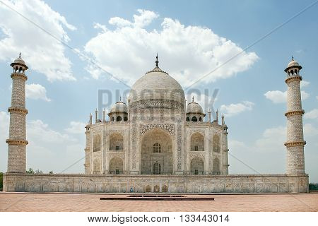 Taj Mahal on a bright and clear day