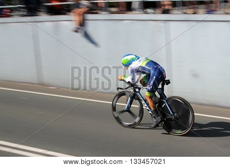 APELDOORN, NETHERLANDS-MAY 6 2016: Johan Esteban Chaves of pro cycling team Orica GreenEDGE during the Giro d'Italia prologue time trial.