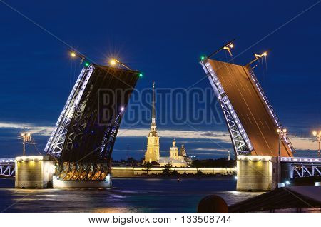 Russia.Saint-Petersburg.In summer during navigation the city's open bridges for the passage of vessels.
